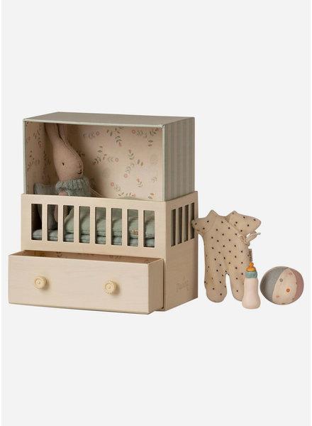 Maileg baby room with micro rabbit