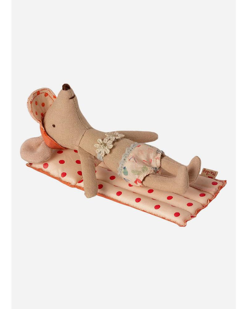 Maileg beach air mattress mouse
