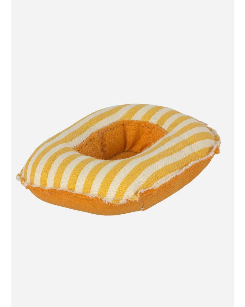 Maileg beach rubber boat mouse