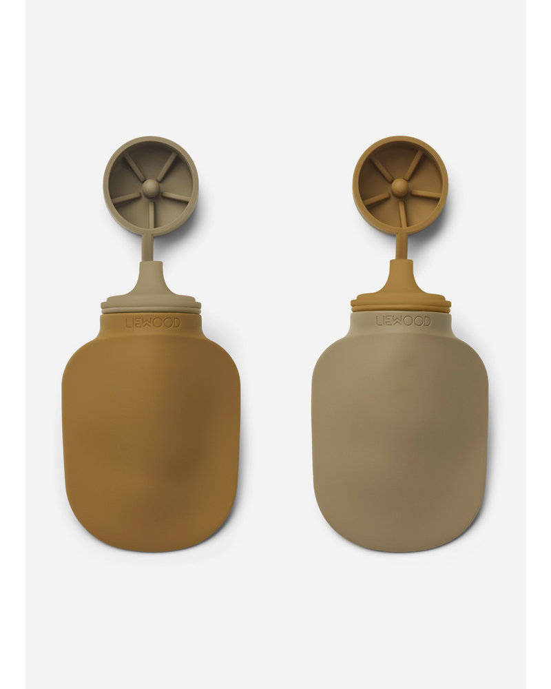 Liewood silvia smoothie bottle   golden caramel oat mix