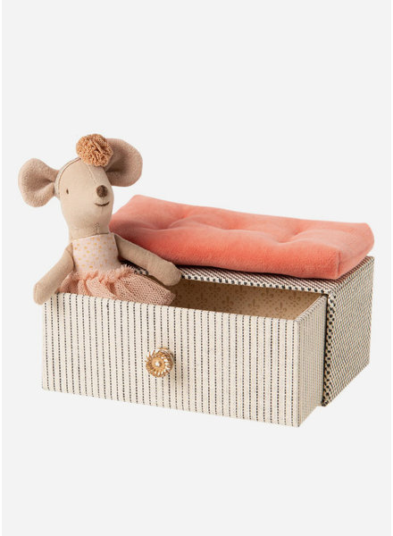Maileg dancing mouse in daybed -  little sister mouse