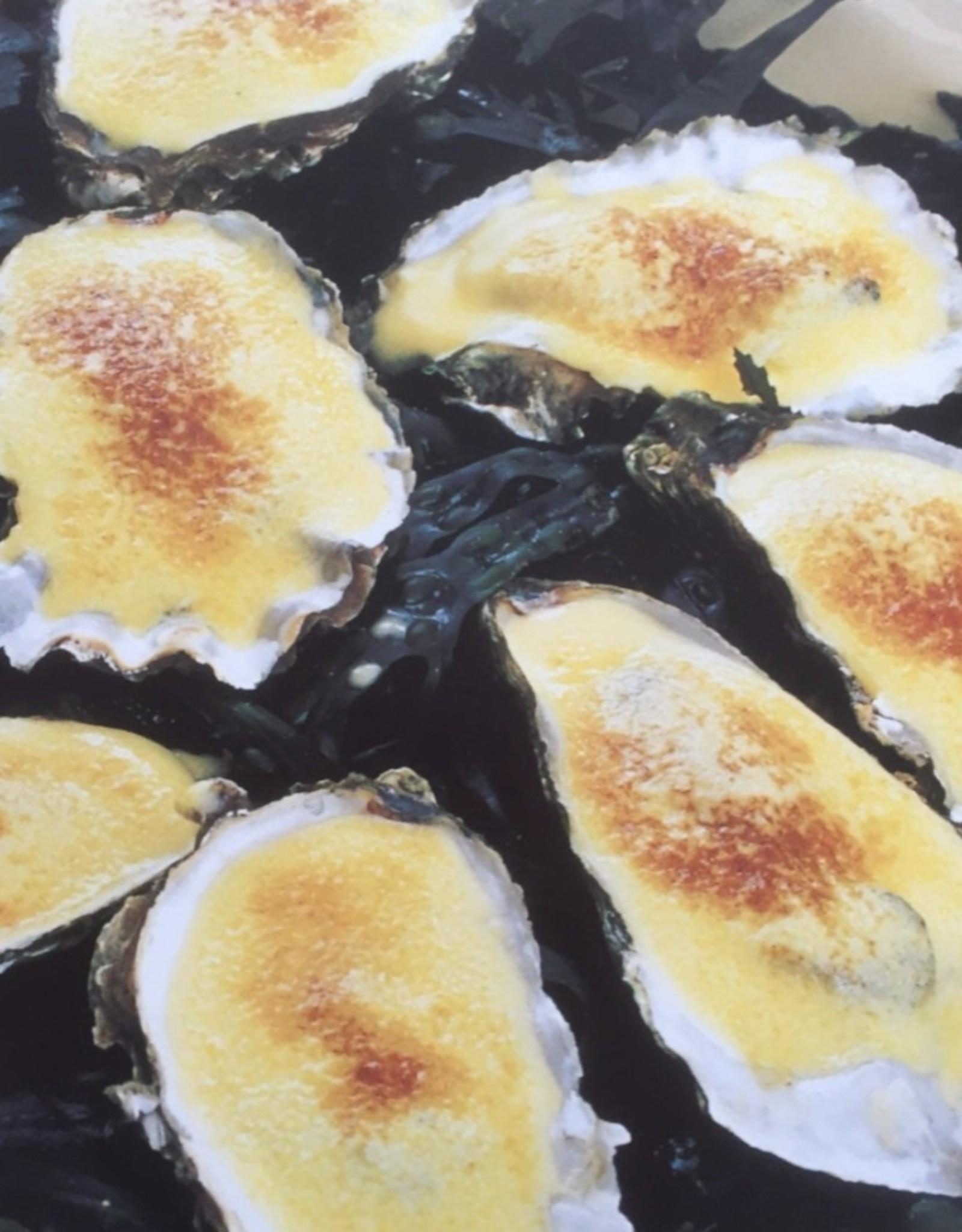 3 st diepe oesters  gegratineerd met spinazie en champagnesaus  3 st