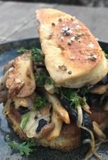 toast met bospaddenstoelen