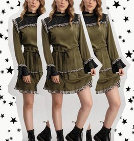 Harper & Yve Harper & Yve Dress with volant leopard Sleeve