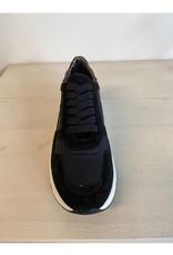 Hip Hip Sneaker Katie