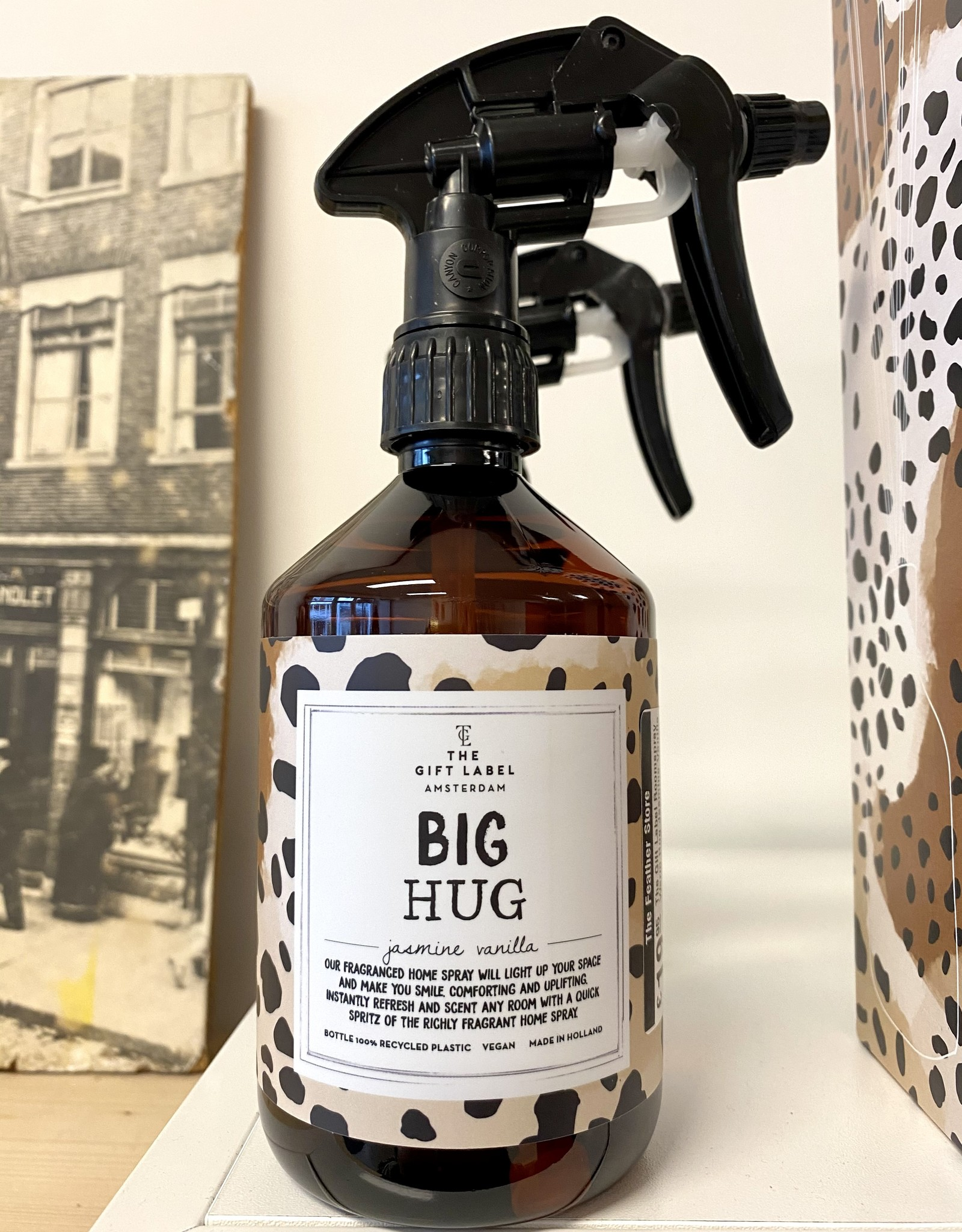 The Gift Label The Gift Label Roomspray Big Hug Jasmine Vanilla