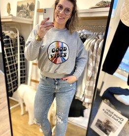 Sweater Good Vibes Grijs