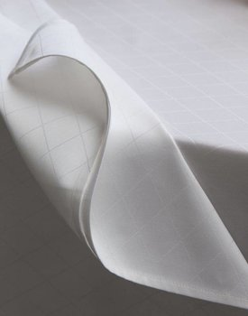 DDDDD Rhombus damast white 150x300cm