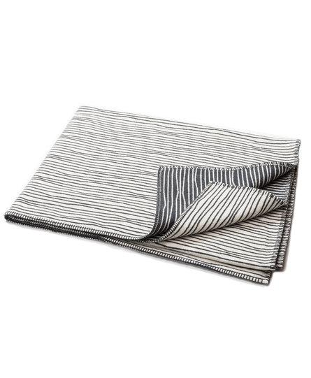 David Fussenegger plaid NOVA uneven-lines 145x220cm offwhite