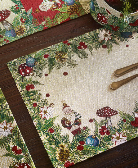 Sander Placemat Around the Tree