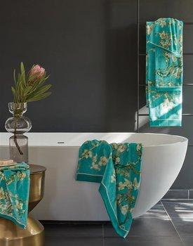 Beddinghouse x Van Gogh Museum Blossom Towel Blue