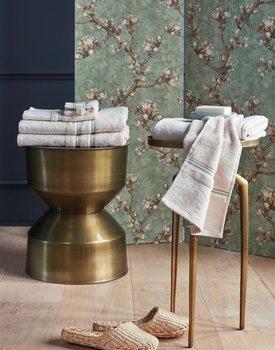Beddinghouse x Van Gogh Museum Fleurir Bath Towel Off-white