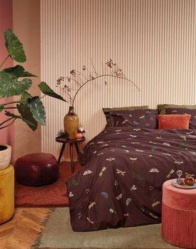 At Home by BeddingHouse Living World Dekbedovertrek  Aubergine 200 x 200/220 cm
