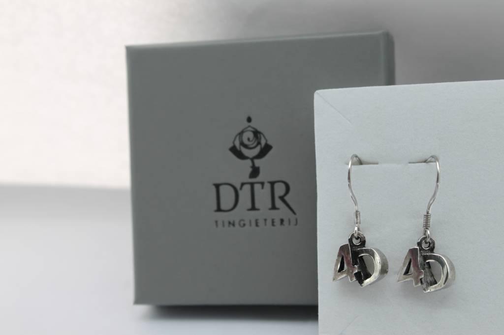 DTR Earrings 4D