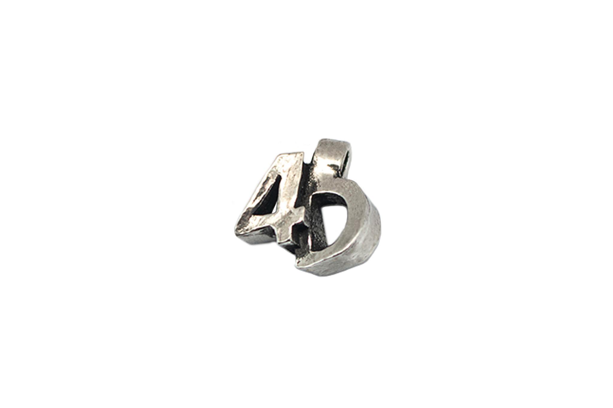 DTR 4D pendant with necklace
