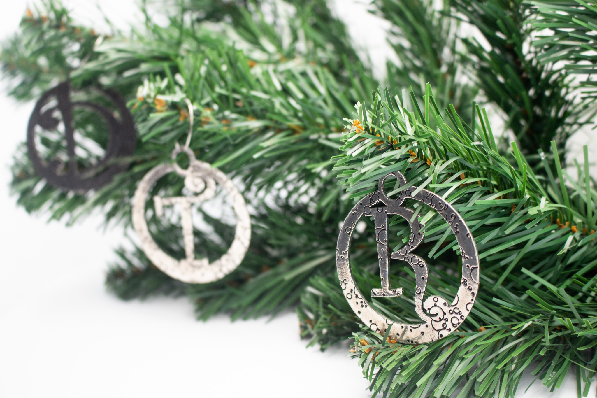 DTR Hanging Christmas ornament Y