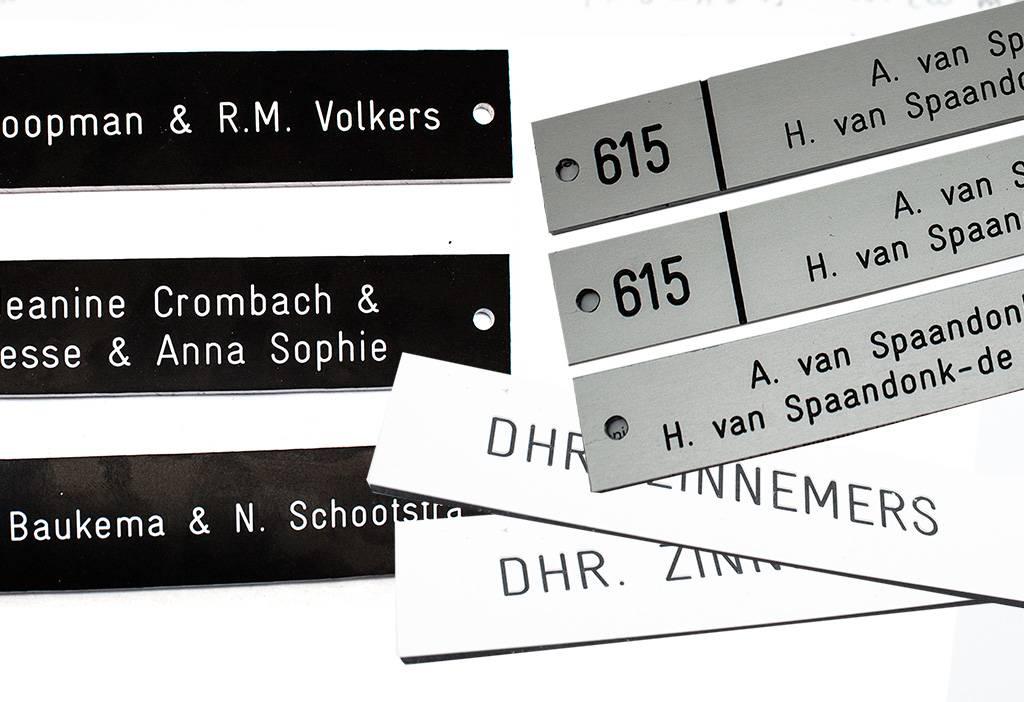 Bord- wit/zwart 200x aanpassen op afbeeldingen tekst x 1.6mmmm  Camera toezicht