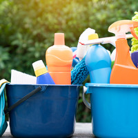 DIY: cleaning supplies