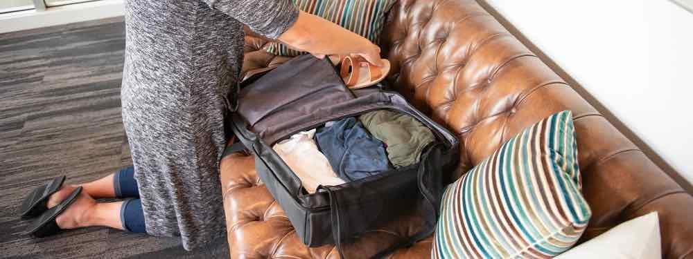 Beispiel zum Packen des NOMATIC Travel Pack