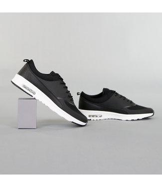 Basic Zwarte Sneakers met Witte Zool