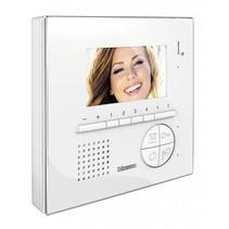 Classe 100 V12E hands-free color monitor