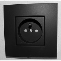 Enkel stopcontact, mat zwart