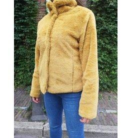 House of Chambers fake fur