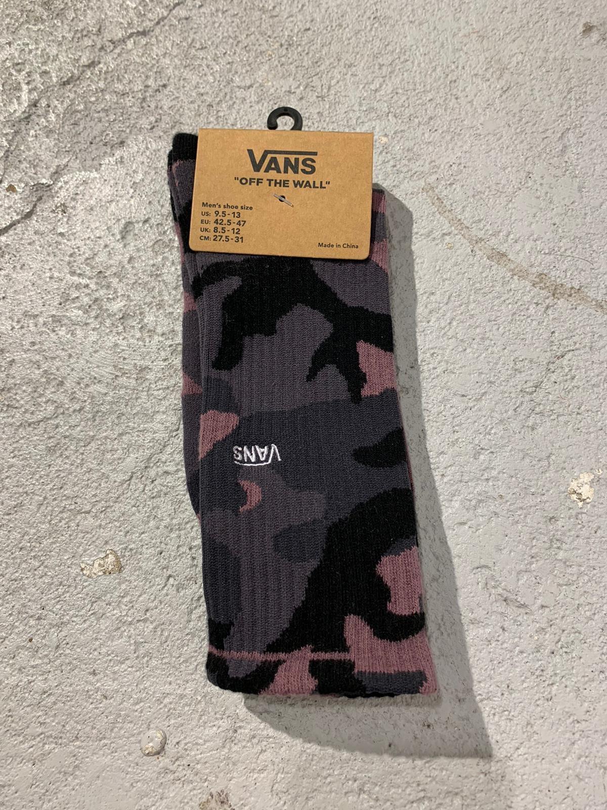 Socks plum camo
