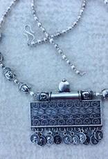 India sieraden, halsketting amulet buddha