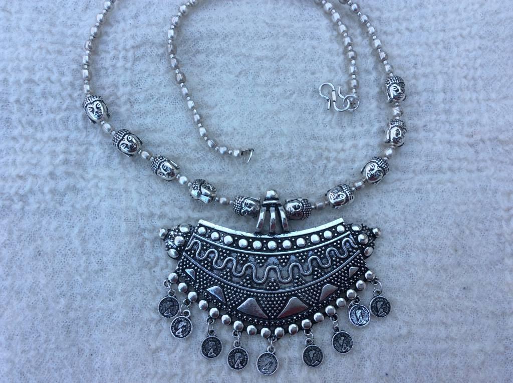 Necklace bohemian Yemen meets India style