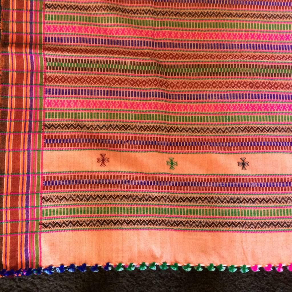 Sjaal , winter wollig omslagdoek hand geweven