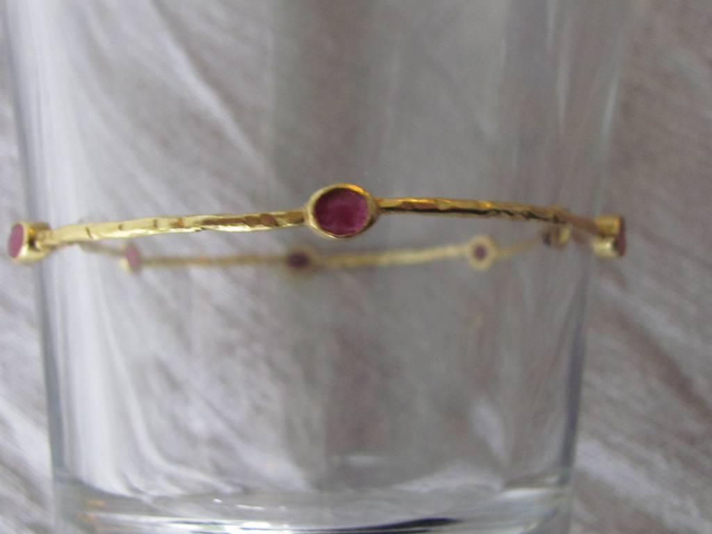 Bangle gold on silver ruby