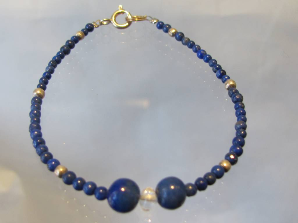Armband met kralen van zilver en lapis lazuli