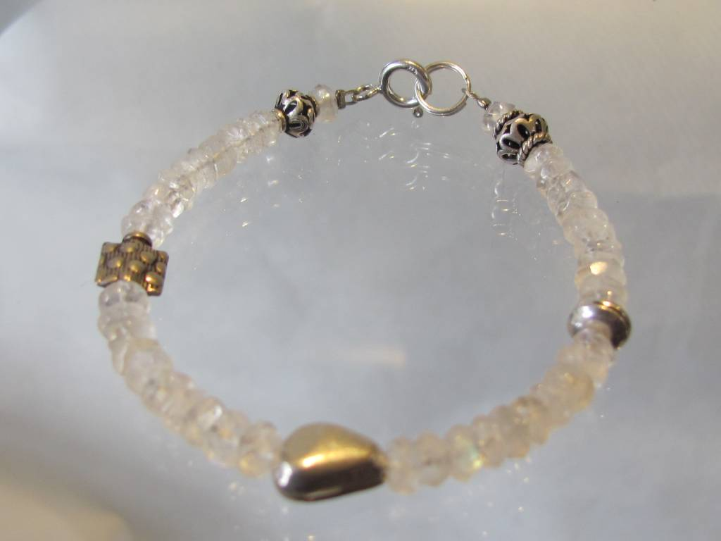 Bracelet silver rainbow moonstones