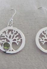 Oorbel  zilver levens boom  met  peridot
