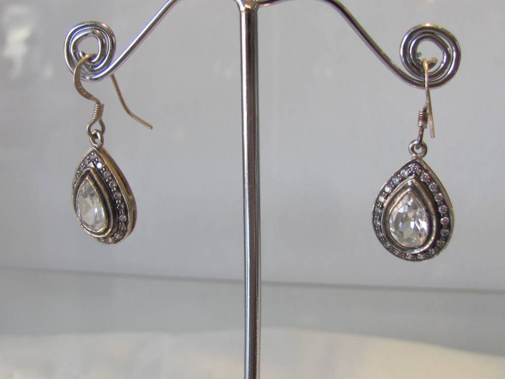 Earring silver with zircon