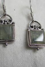 Oorbel zilver preheniet