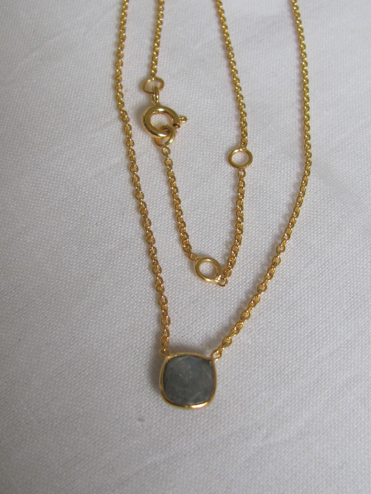 Halsketting goud op zilver met labradoriet