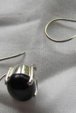 Oorbel dormeuse zilver met  onyx