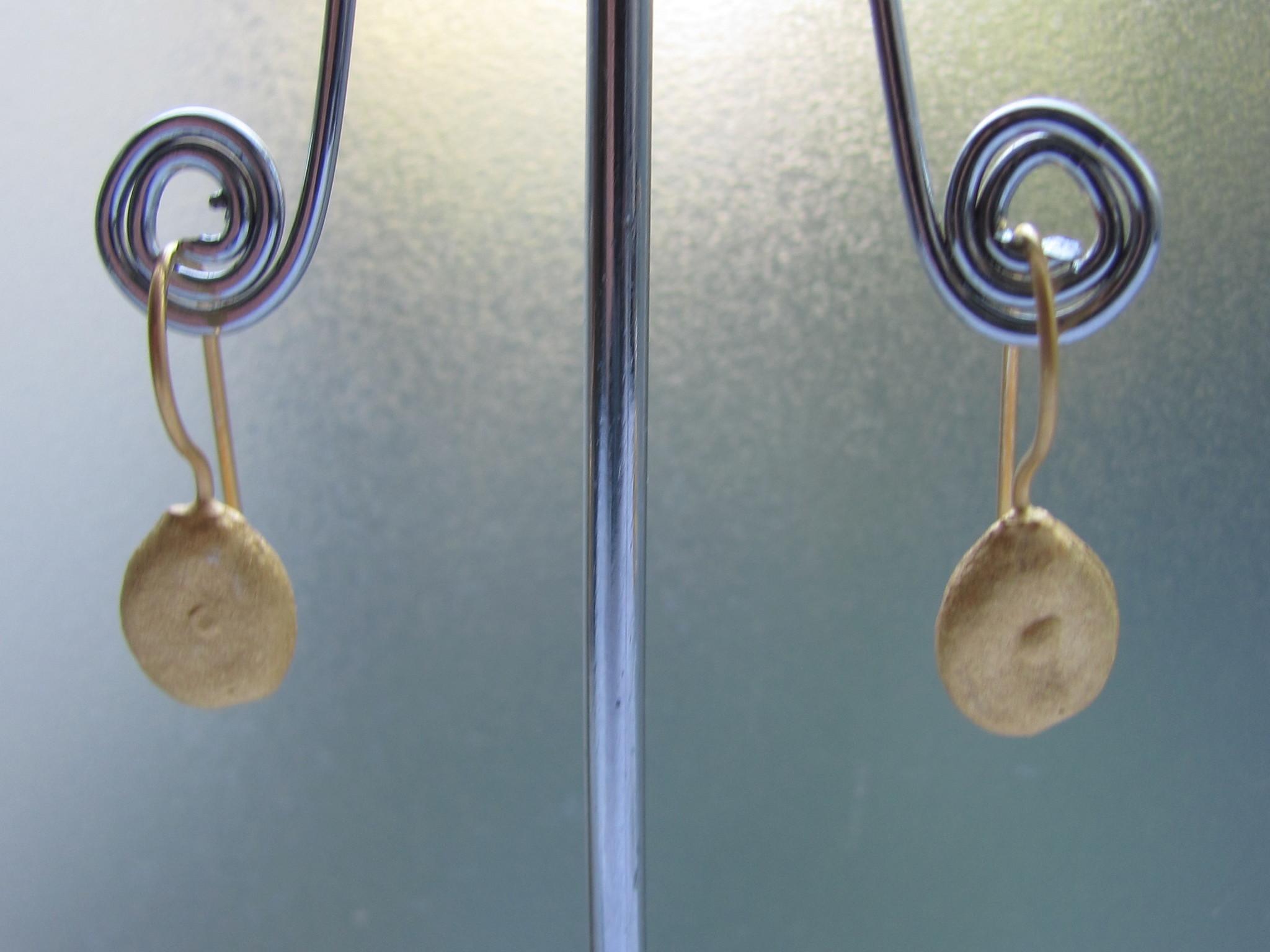 Oorbel goud op zilver legume dormeuse