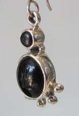 Earring silver onyx