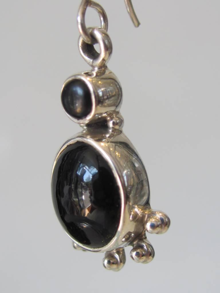 Oorbel zilver onyx