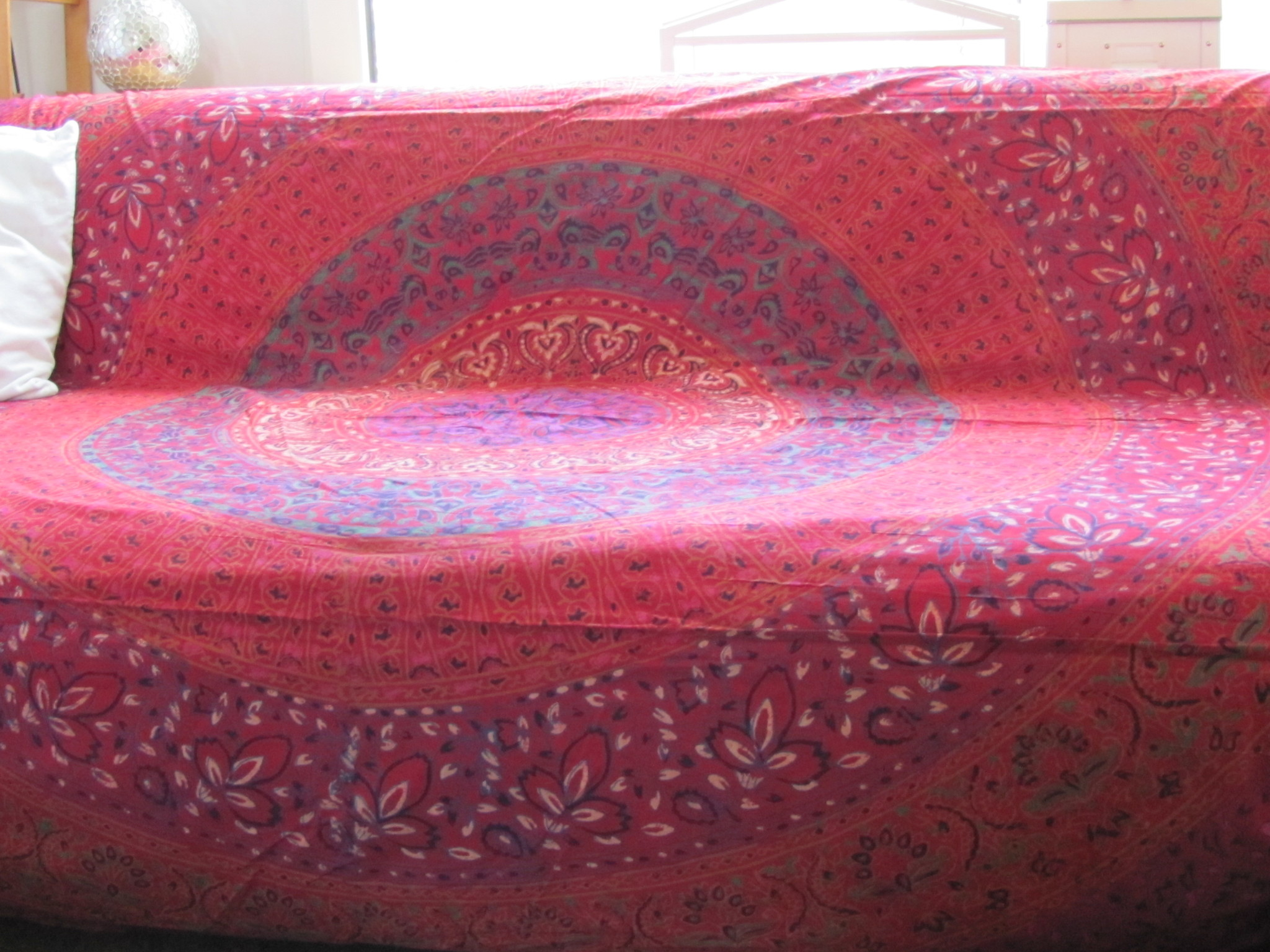 Bedsprei mandala, grand foulard,   kleurrijke bohemian slaapkamer