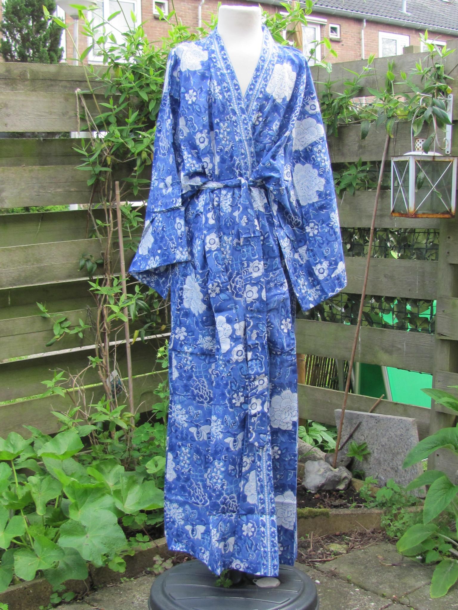 Kimono, ochtendjas handbedrukt met vegetable kleurstoffen