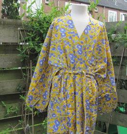 Kimono, dressing gown,