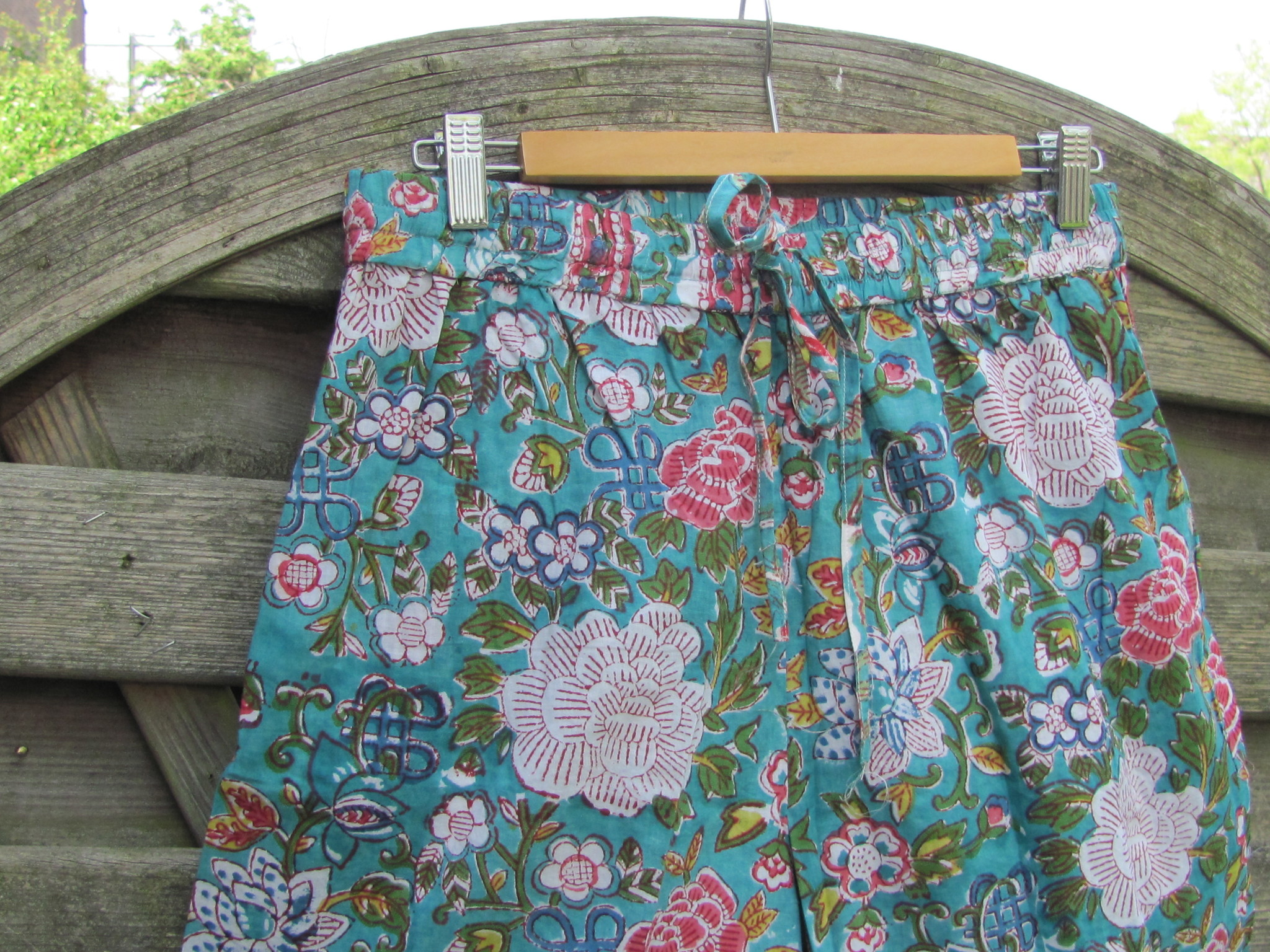 Pants wide legged, nice trouser  for summer casual wear