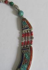 Halsketting wit metaal Nepali style