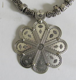 Indian necklace with bohemian flower power