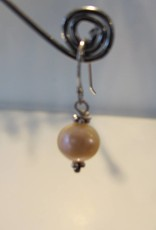 Earring silver with pearl