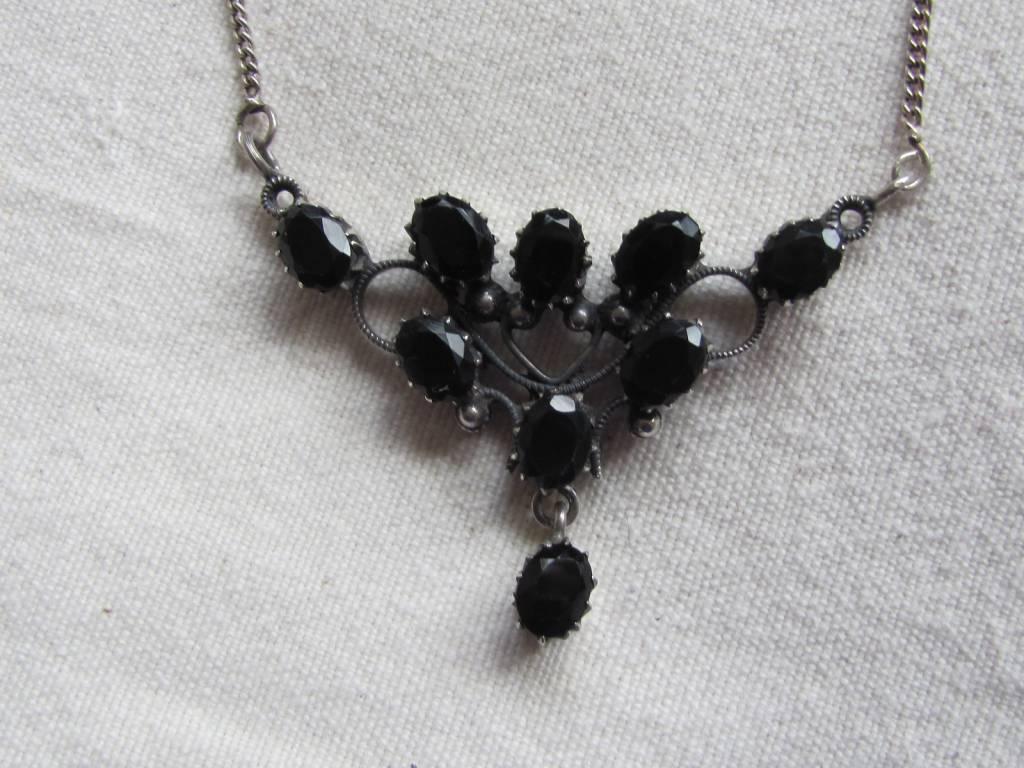 Necklace Bram Stokers mistress silver onyx